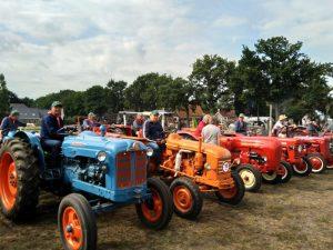 Oldtimer Tractoren Trekker Toertocht Hondsrug